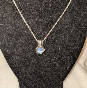 Jewelry - Blue Pearled Pendant Necklace